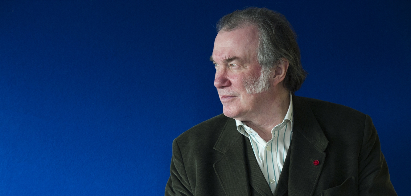 Colour Headshot of David Pountney.