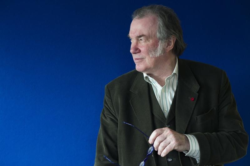 Colour Headshot of David Pountney.